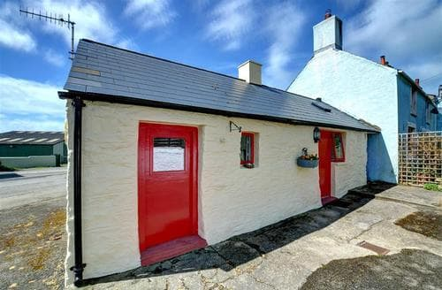 Last Minute Cottages - Quaint Haverfordwest Rental S11298