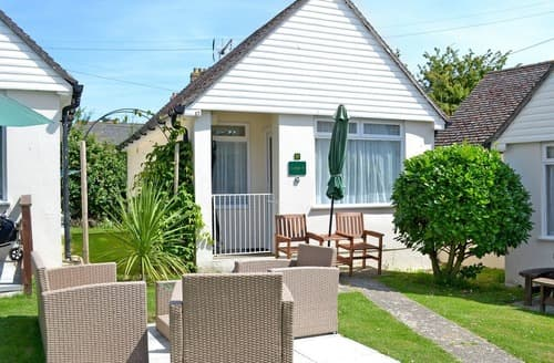 Last Minute Cottages - B Bungalow 17 - UK30640