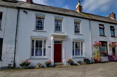 Last Minute Cottages - Charming Cardigan Rental S11476