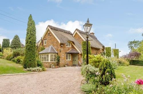 Last Minute Cottages - Pepperpot Cottage