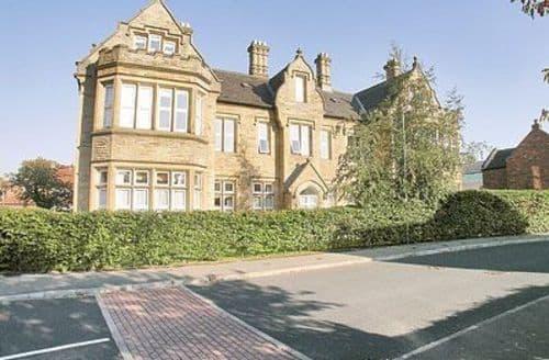 Big Cottages - Excellent York Apartment S15604