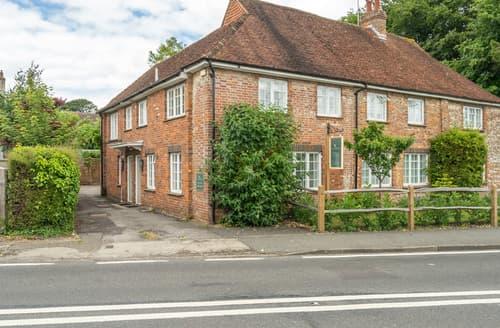 Last Minute Cottages - Goodwood Cottage