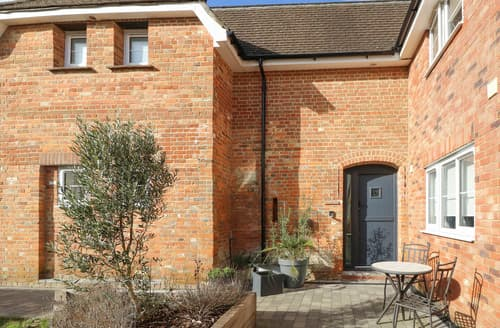 Last Minute Cottages - Frankel