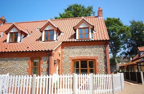 Last Minute Cottages - 4 Garden Cottages