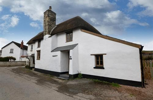 Last Minute Cottages - Lapwing