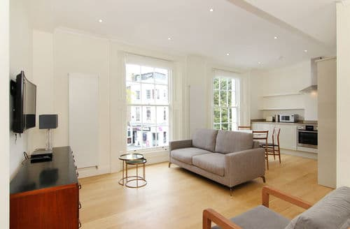 Last Minute Cottages - Chelsea-The Markham Style by One2 Bed