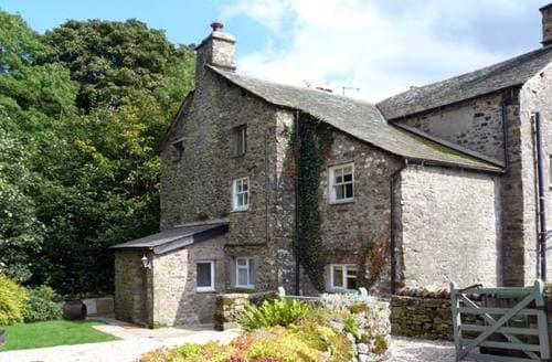 Last Minute Cottages - Beckside Cottage