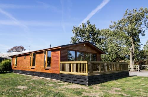 Last Minute Cottages - Ash Tree Lodge