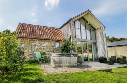 Last Minute Cottages - Oak House at Bluebell Glade