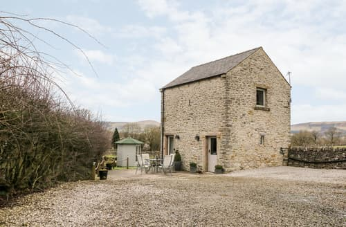 Last Minute Cottages - Wortley Barn