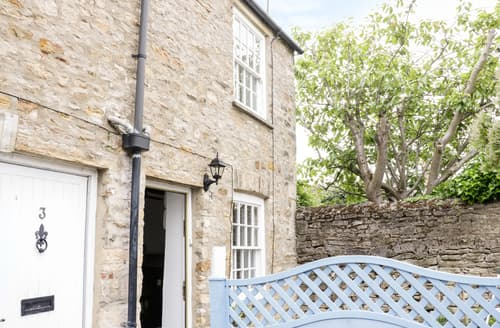 Last Minute Cottages - Olive Cottage