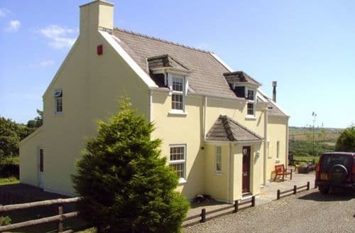 Last Minute Cottages - Trewen