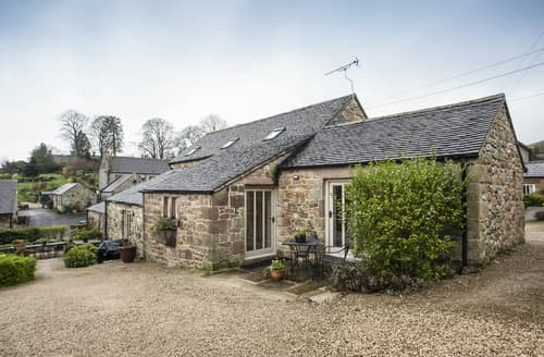 Last Minute Cottages - Emily Barn