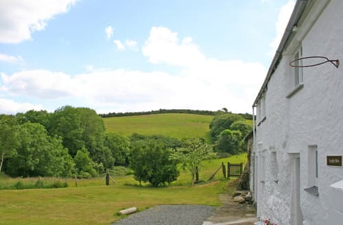 Last Minute Cottages - Tregithey Barn