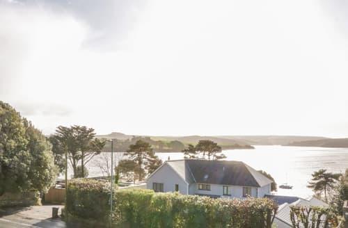 Last Minute Cottages - Blue Haze, 49 Embankment