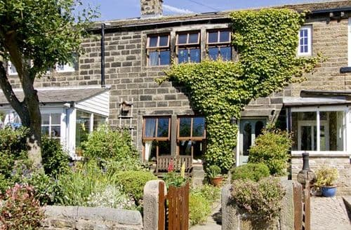 Last Minute Cottages - Delightful Keighley Cottage S3387
