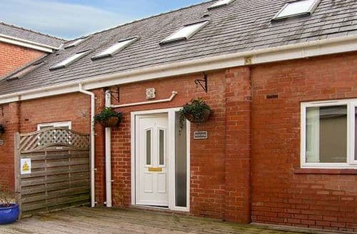 Big Cottages - Lovely Ellesmere Port Cottage S4995