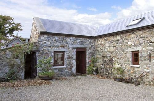 Last Minute Cottages - Attractive  Stable S5051