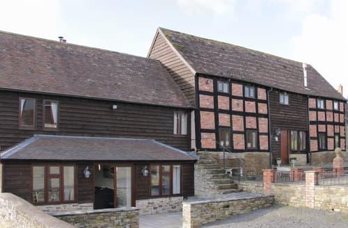 Last Minute Cottages - Alders View Coach House