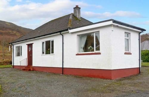 Big Cottages - Charming Portree Rental S5399
