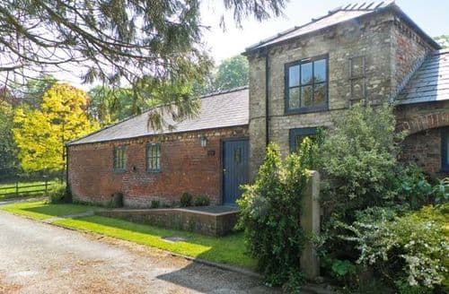 Last Minute Cottages - Dovecote Cottage