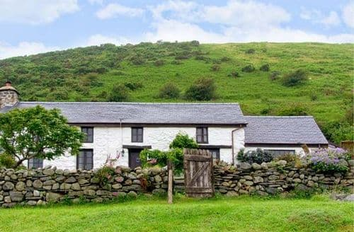 Big Cottages - Exquisite Tywyn Rental S5705