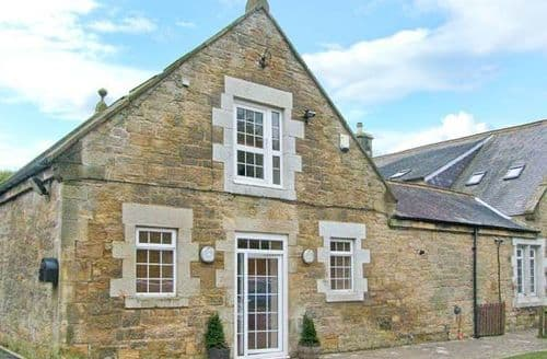 Last Minute Cottages - Delightful Newcastle Upon Tyne Cottage S4110