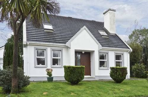 Last Minute Cottages - Radharc Na Mara
