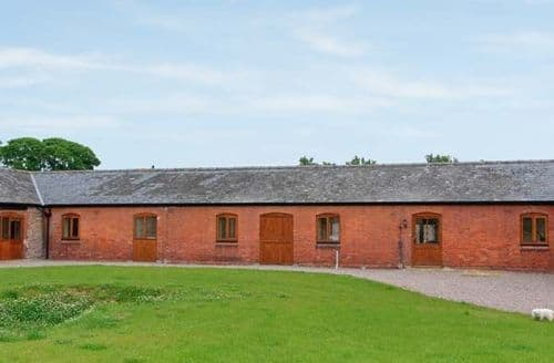 Last Minute Cottages - Quaint Shrewsbury Granary S2505
