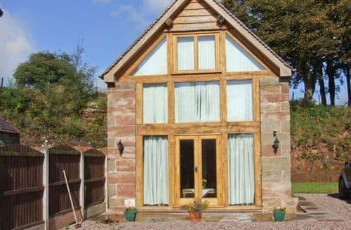 Last Minute Cottages - Tasteful Stoke On Trent Cottage S4300