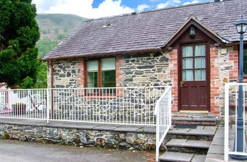 Last Minute Cottages - Stunning Llangollen Cottage S6192