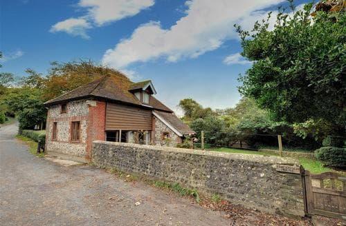 Last Minute Cottages - Exquisite Telscombe Village Rental S12640