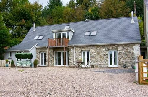 Big Cottages - Stunning Llanybydder Cottage S12697