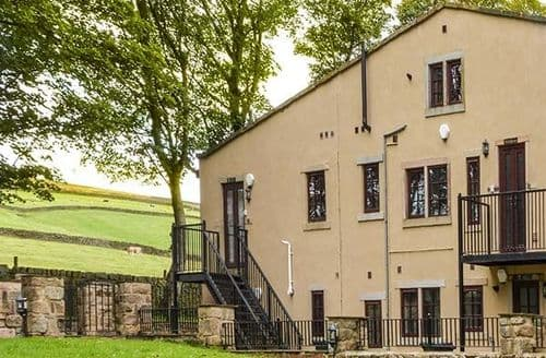 Last Minute Cottages - Heathcliffe