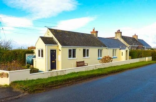Last Minute Cottages - Captivating Creswell Quay Rental S24996