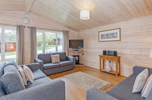 Last Minute Cottages - Tissington Classic Vogue 4 Spa