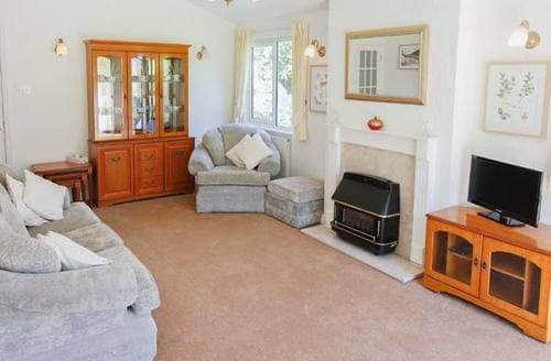 Last Minute Cottages - Superb Snailbeach Lodge S12902