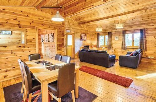 Last Minute Cottages - Cedar Lodge