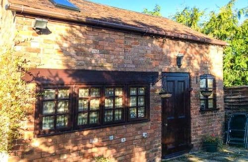 Dog Friendly Cottages - Apple Tree Studio