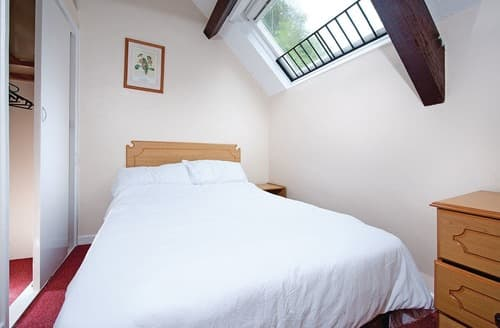 Last Minute Cottages - 3 Bed Silver Mews Apartment
