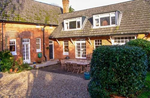 Last Minute Cottages - Bickton Lodge