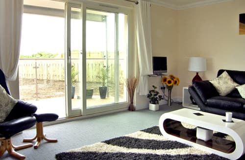 Last Minute Cottages - Golf View Apartment