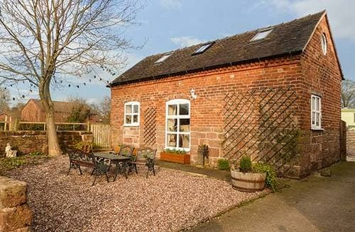 Last Minute Cottages - Folly Foot Barn