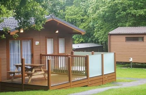 Last Minute Cottages - 2 Bed Platinum Lodge Plus