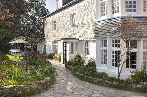Last Minute Cottages - Gylly House