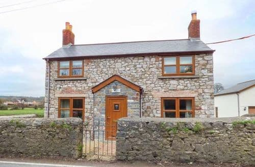 Last Minute Cottages - Quaint Caerwent Cottage S78393