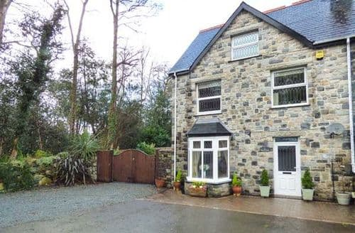 Last Minute Cottages - Captivating Llanbedr Cottage S78430