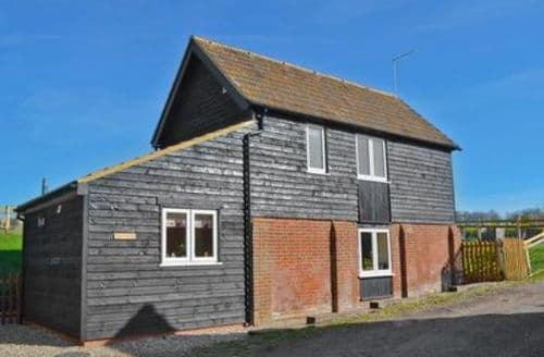 Last Minute Cottages - Captivating Canterbury Cottage S13586