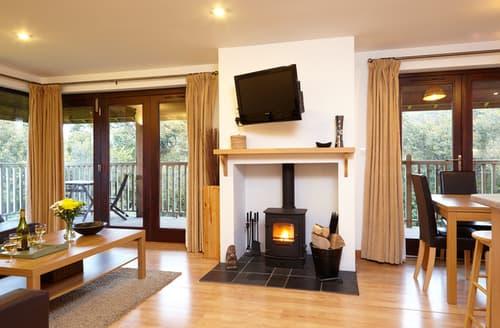 Last Minute Cottages - Splendid Calbourne Lodge S42498