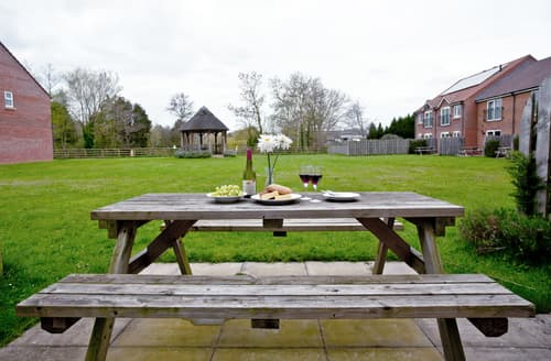 Last Minute Cottages - Excellent Huntworth Cottage S44607